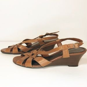 Naturalizer Pembroke low wedge sandals leather 8